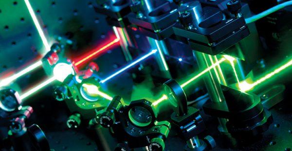 مهندسی اپتیک لیزر