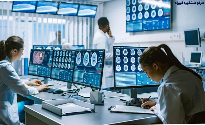 آینده شغلی ژنتیک پزشکی