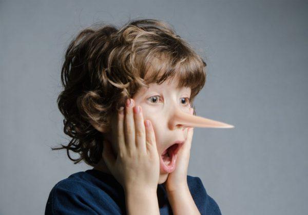 چگونه با کودکان دروغ گو رفتار کنیم